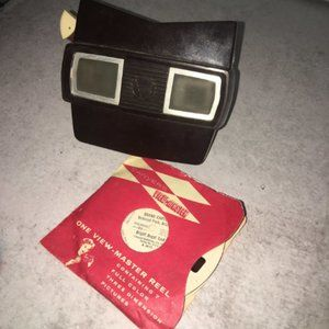 Vtg Sawyer's ViewMaster Stereoscope Viewer & reels